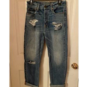 Distressed AEO Tomboy Jeans